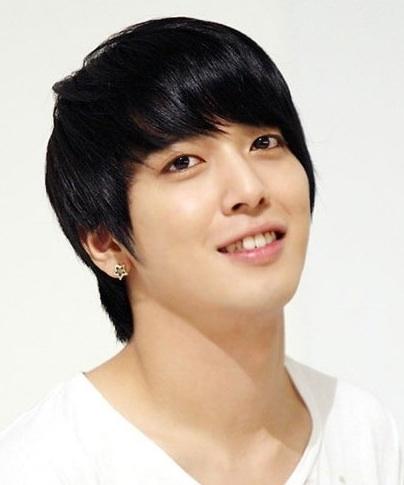 jung yonghwa korean star wiki