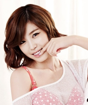 Jun Hyo-Seong-p1.jpg