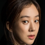 Witch's Court-Jung Ryeo-Won.jpg