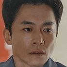 CLOY-TVN-Kim Young-Min.jpg