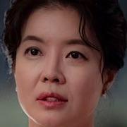 Itaewon Class-Kim Yeo-Jin.jpg