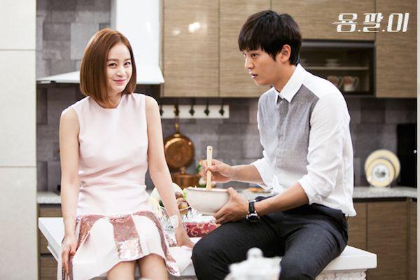 Romance Drama that has a badass/smart & sweet female lead