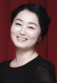 Jung Eun-Kyung (actress)-p01.jpg