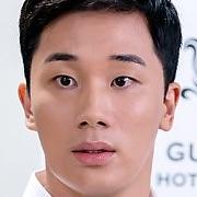 }Lee Seo-Jun