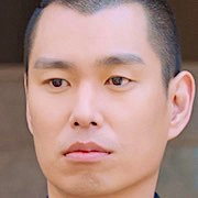 Lee Kyo-Yeob