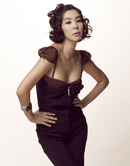 Lee Hye-Young (1971)-p2.jpg