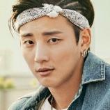 The Best Hit-Yoon Si-Yoon.jpg