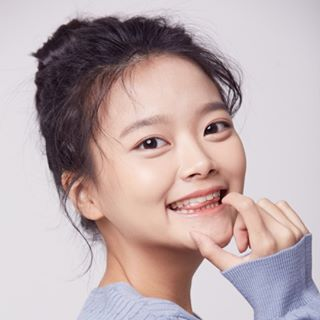 Moon Ha-Yeon-2002-p1.jpg