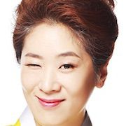 The Family Is Coming-Baek Ji-Won.jpg