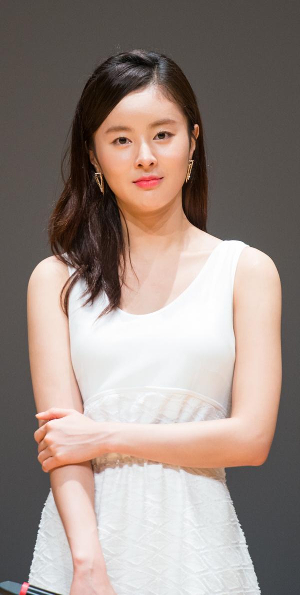Ye Rin   © jungduo530819    #Yerin #GFRIEND #예린 #여자친구