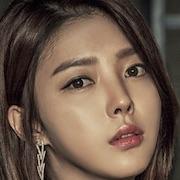 Defendant-Uhm Hyun Kyung.jpg