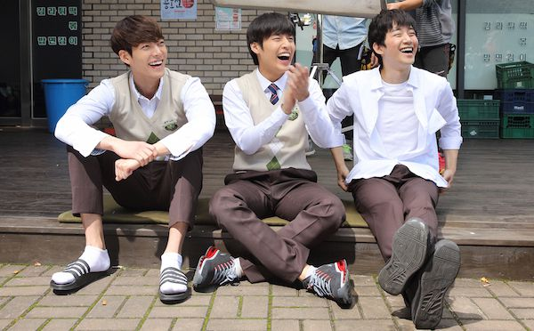 Twenty (2015) Twenty_%28Korean_Movie%29-002