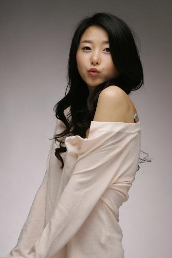 Kim Song-Hee - AsianWiki