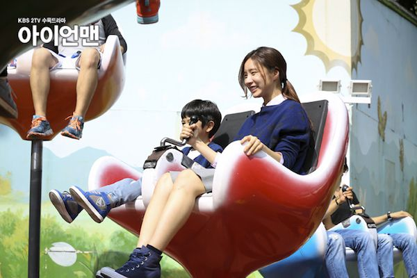 Kim Tae Hee Ji Yeon Blade Man - AsianWiki