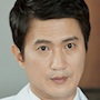 Medical Top Team-Ahn Nae-Sang.jpg
