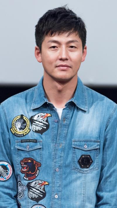 Lee Jung-Jin - AsianWiki