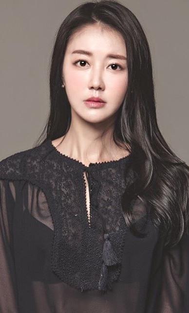KimHwaYeonActressAsianwiki