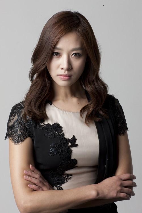 Kim Tae Hee Ji Yeon Jang Shin-Young - Asia...