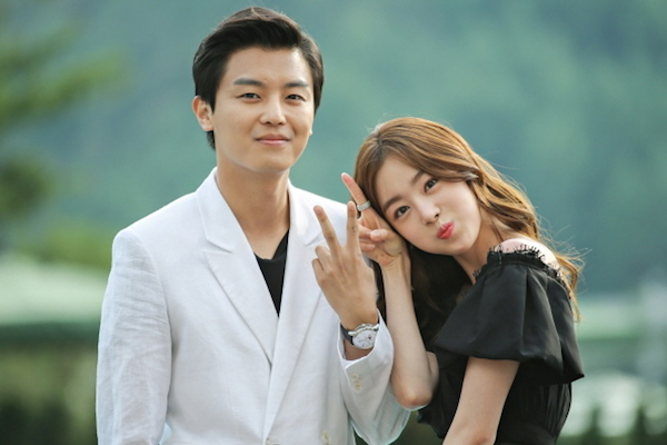 marriage not dating online And that's not the life that young people lead anymore the age of first marriage is now in the late twenties, and more people in their 30s and even 40s are deciding not to settle down the rise of phone apps and online dating websites gives people access to more potential partners than they could meet at.