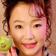 Fruits Takuhaibin-Izumi Matsuoka.jpg