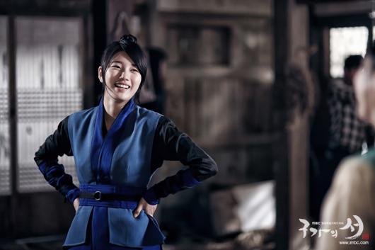Bae Suzy asianwiki