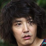 Love Clinique-Yoon Sang-Hyun.jpg