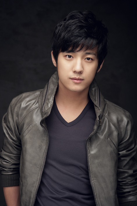 Seo Jun-Young-p1.jpg